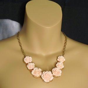 Jewelry - Peach/Blush Rose Necklace